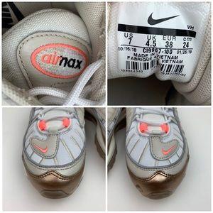 nike Shoes - NIKE Air Max 98 Sneaker sz 7